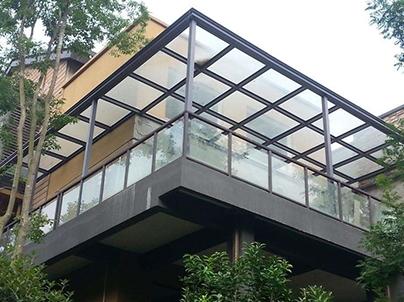 玻璃雨棚安装